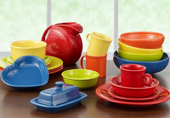 Fiesta dinnerware was set up in 1936 in response to the bone china patterns that was used by other companies. The Homer Laughlin Co. came up with a revolutionary idea and realized that dinnerware was exceedingly expensive and dreadfully drab. The company decided to come up with a solution that tackled both problems. The glaze […]