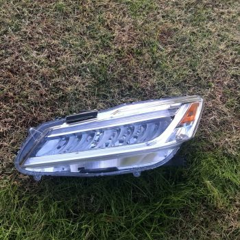 Used 2016 Honda Accord Sedan Headlight 2019-2020