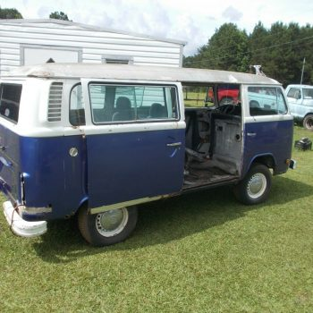 Used 76 vw bus (needs to be restored) 2019-2020