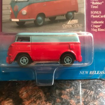 Used Johnny Lightning Classic Gold Collection 1960's Volkswagen Bus 2019